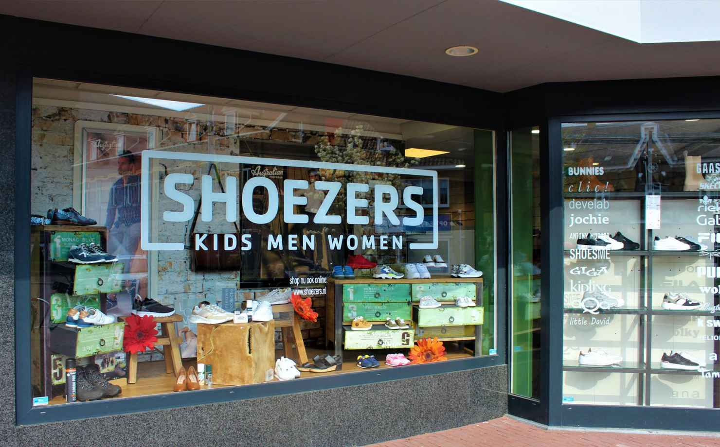 Shoezers